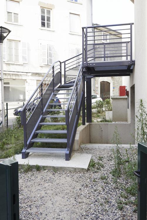 martin g menuiserie aluminium serrurerie m tallerie escalier ext rieur. Black Bedroom Furniture Sets. Home Design Ideas